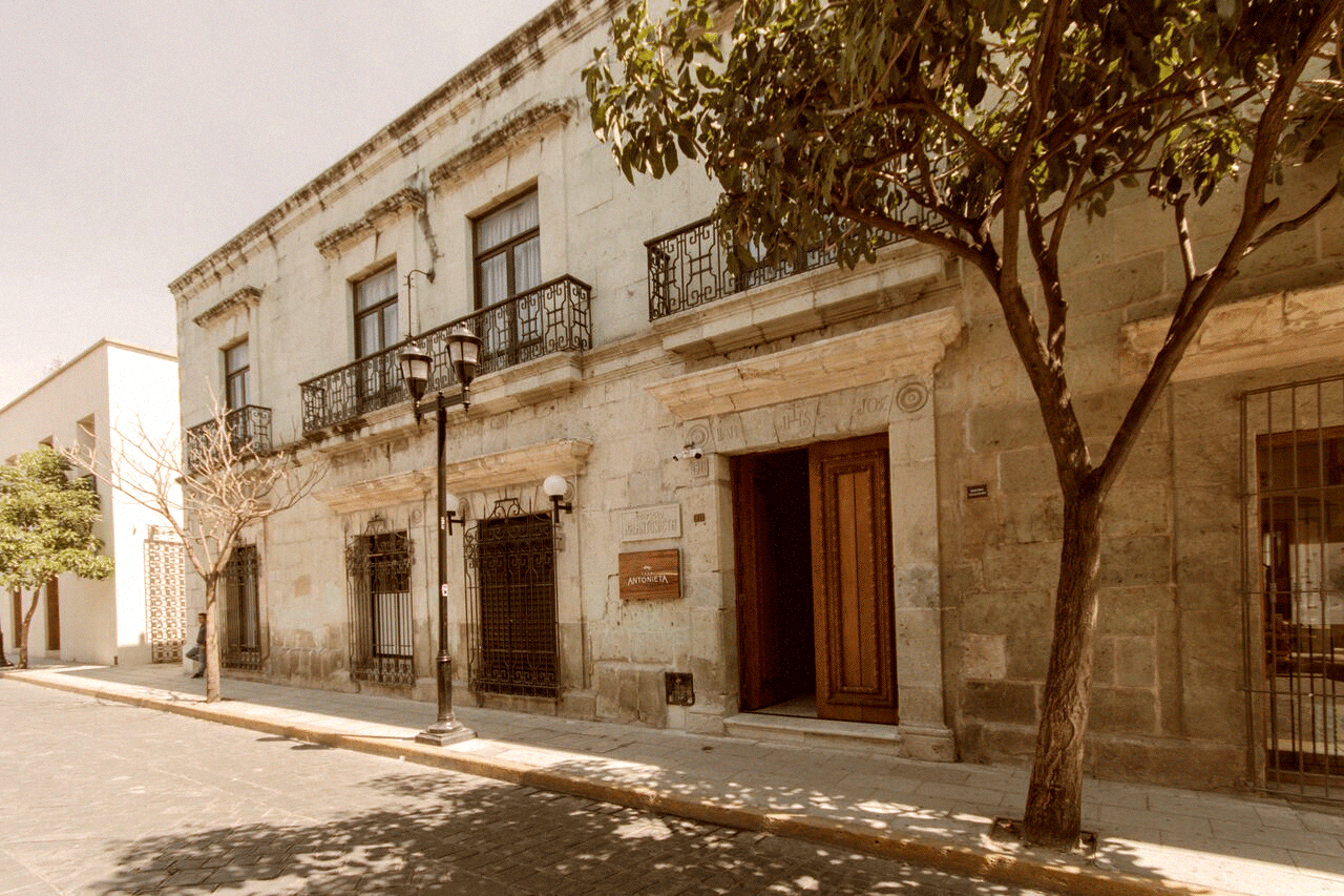 casa-antonieta-fachada-3_preview.png