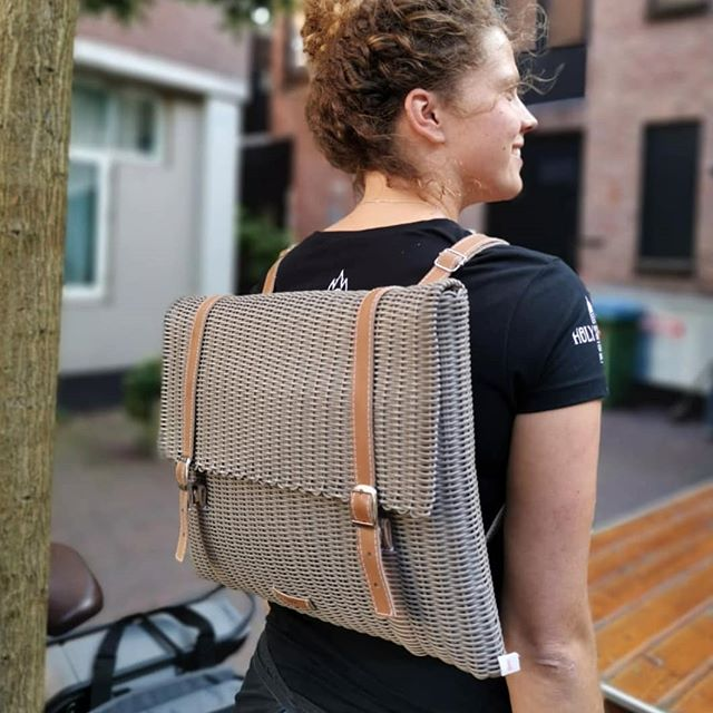 We love the H Backpack. 🖤 Unique, functional and meticulously handcrafted. Now available in the US, shop our link in bio. . . . . . #fibraupcycle #upcycle #sustainablefashion #slowfashion #ethicalfashion #handmade #mindfullymade #handmadebags #madeinguatemala #recycledplastic #fallcollection