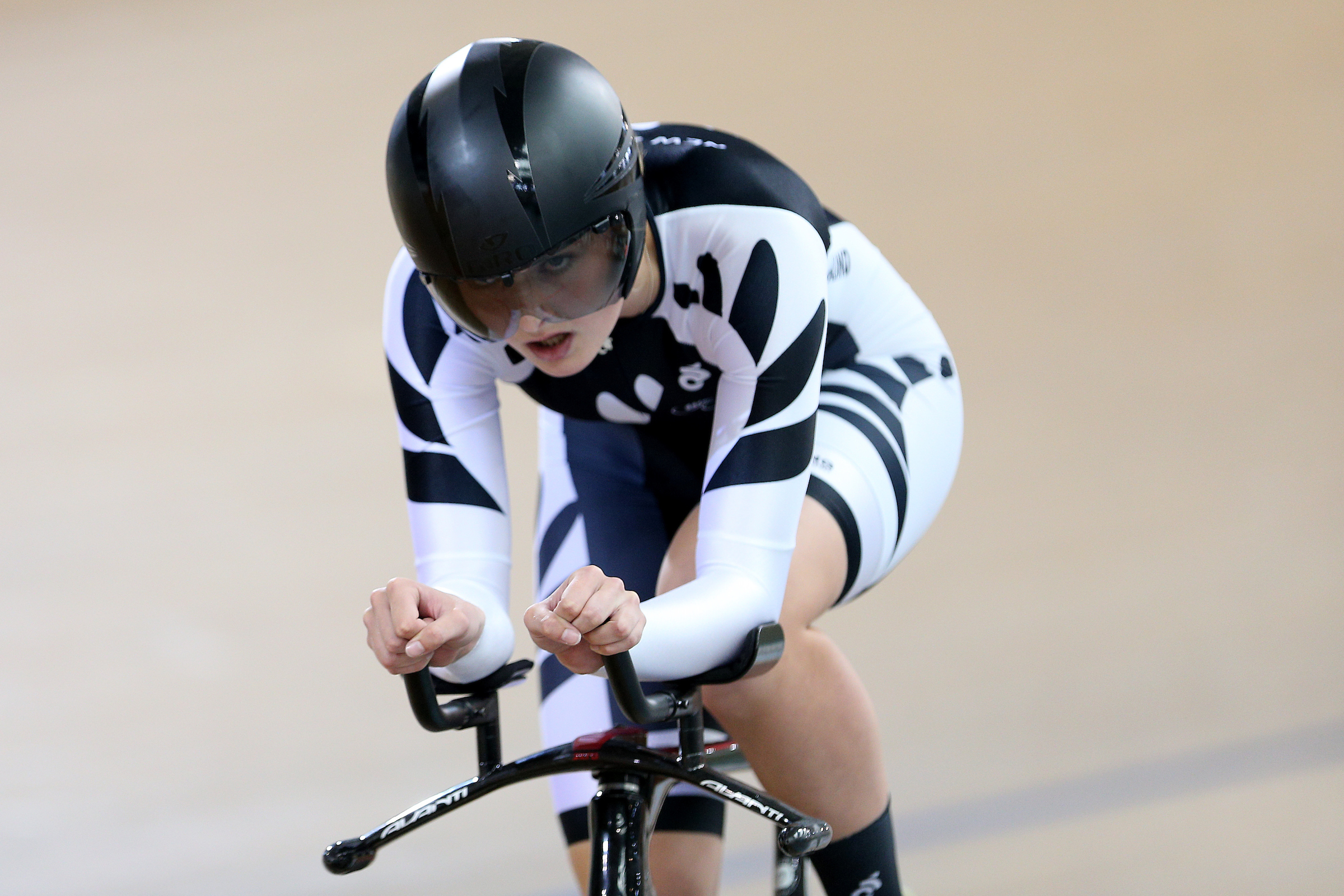 Ally Wollaston in action in the Oceania Championships at the Avantidrome, Cambridge in December 2017. Photo: Dianne Manson