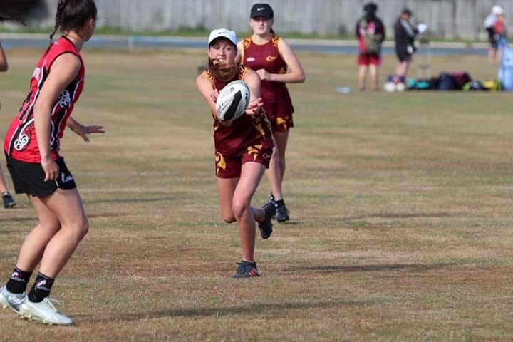 Photo: Lucy Hall playing for Southland at the 2019 junior nationals. Pic: Touch NZ