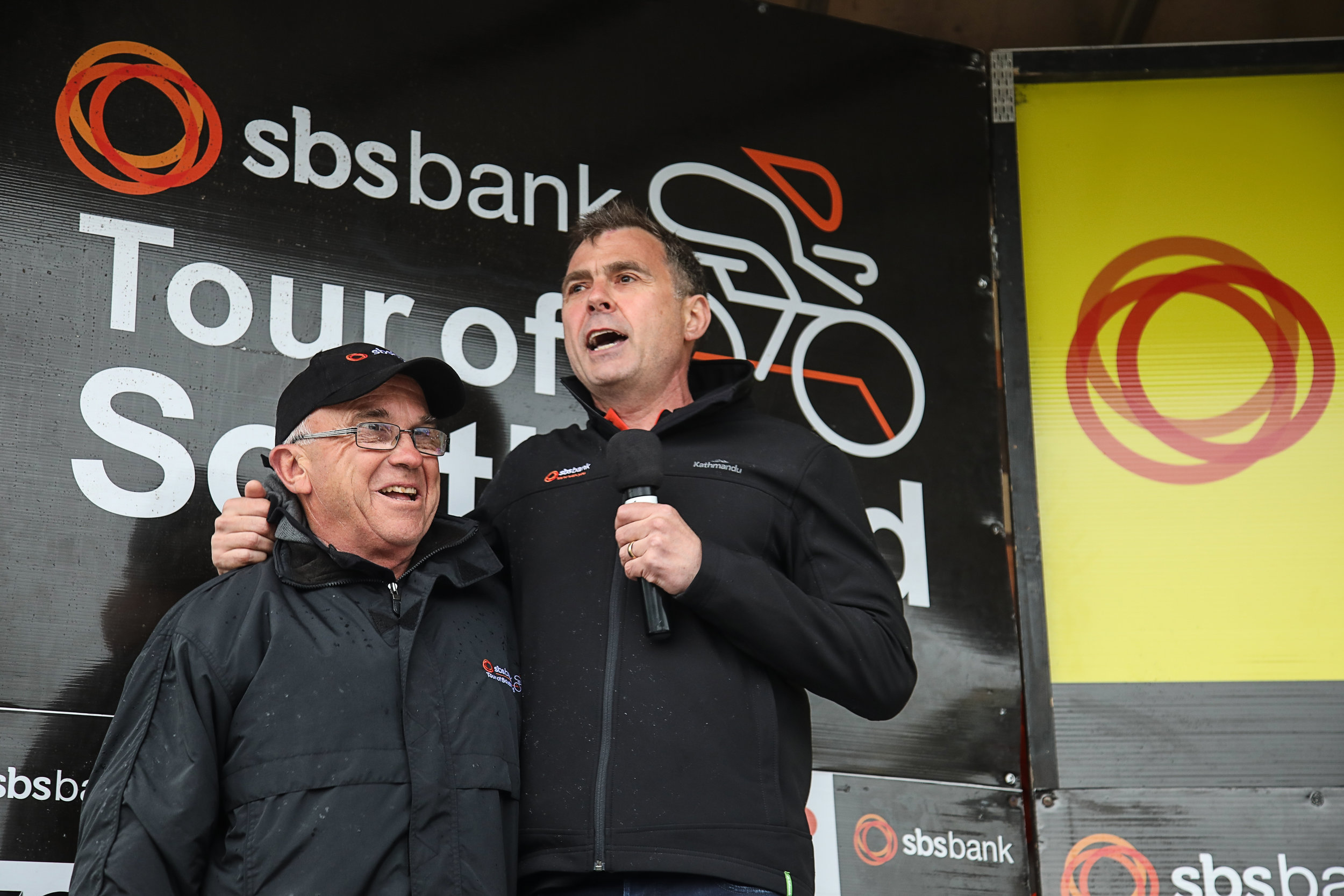 Photo: Race director Bruce Ross, left, with SBS Bank chief executive Shaun Drylie. Pic: Cycling Southland
