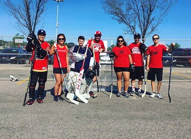 Sunshine + hockey + friends = a Canada Day well spent ☀️🏒🇨🇦 #EncoreYYC 📸: @britster23