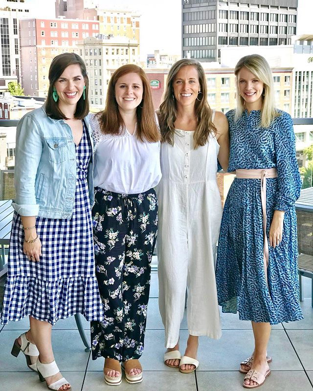 Missed a few of our best gals today, but I'm always grateful for a reason to celebrate with these sweet friends! 🍾🥳 Can't wait to get you married in less than a month, @jonesmp! 🥰💍 . #megangoestoreno