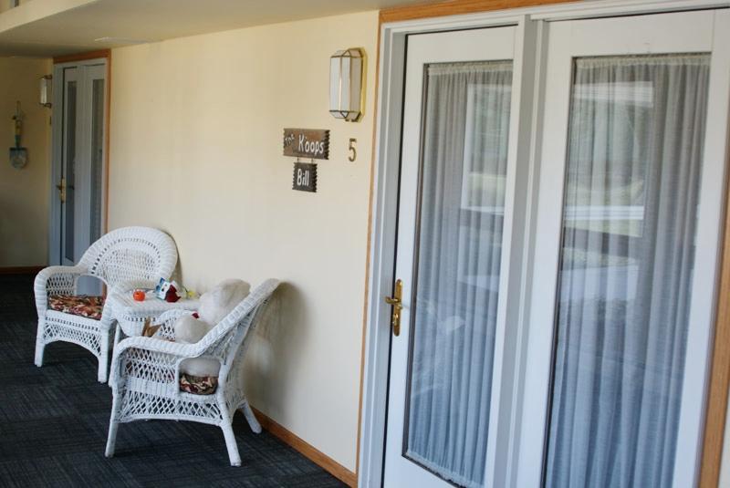 GJ-Independent-Living-Interior-Hallway.jpg