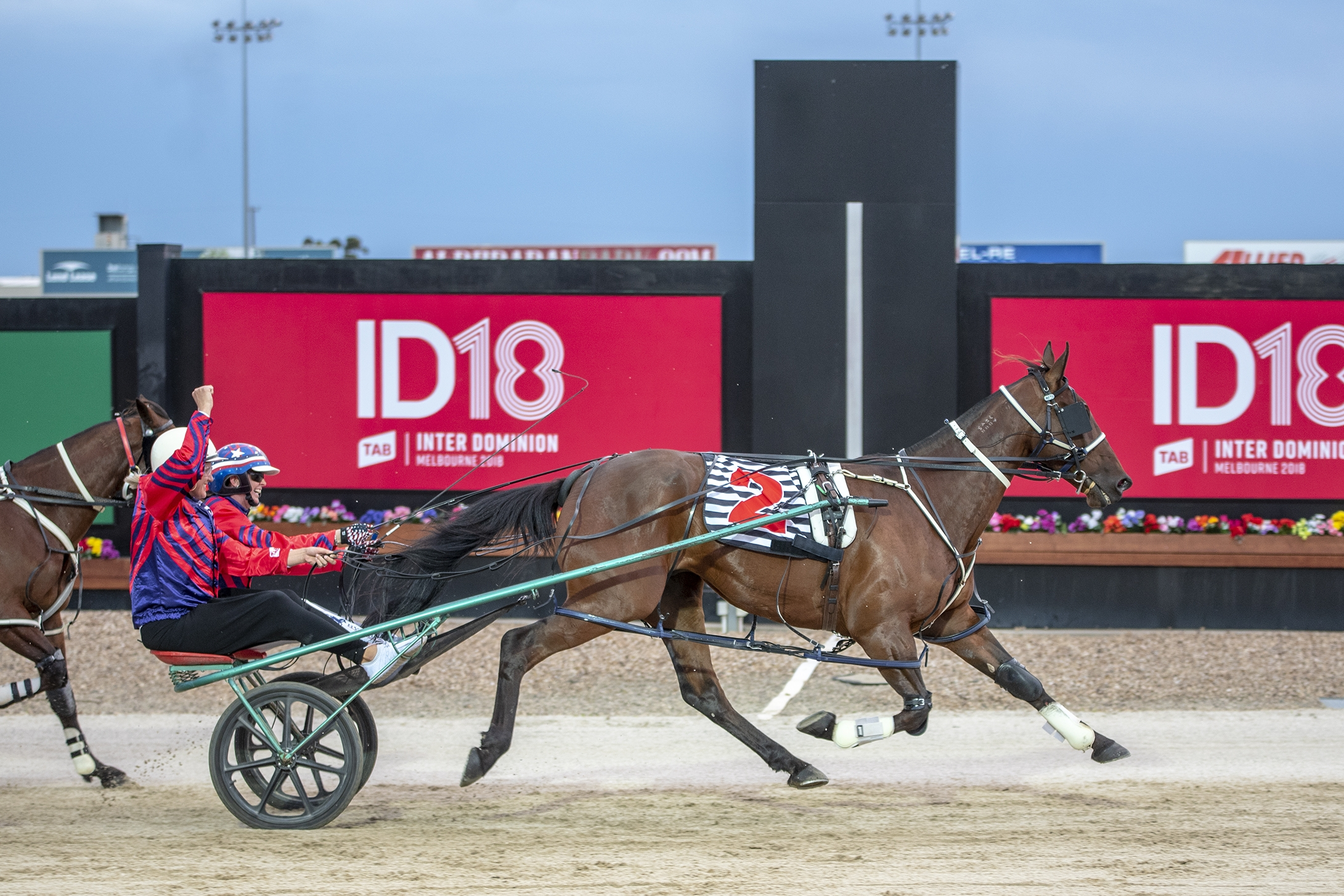 Sharelle McMahon (champion netballer) takes out the inaugural TAB ID18 RSN Double-Seater Sulky Race alongside Kerryn Manning