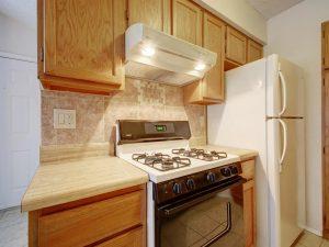 3839-Dry-Creek-Dr-Unit-216-MLS_Size-014-26-Family-Kitchen-Dining-177-1024x768-72dpi-300x225.jpg