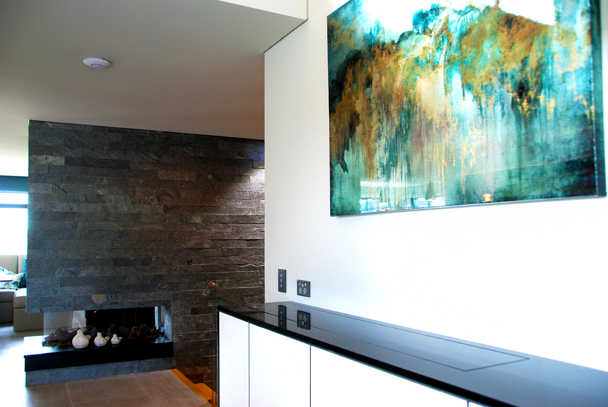 tv cabinet 2.jpg