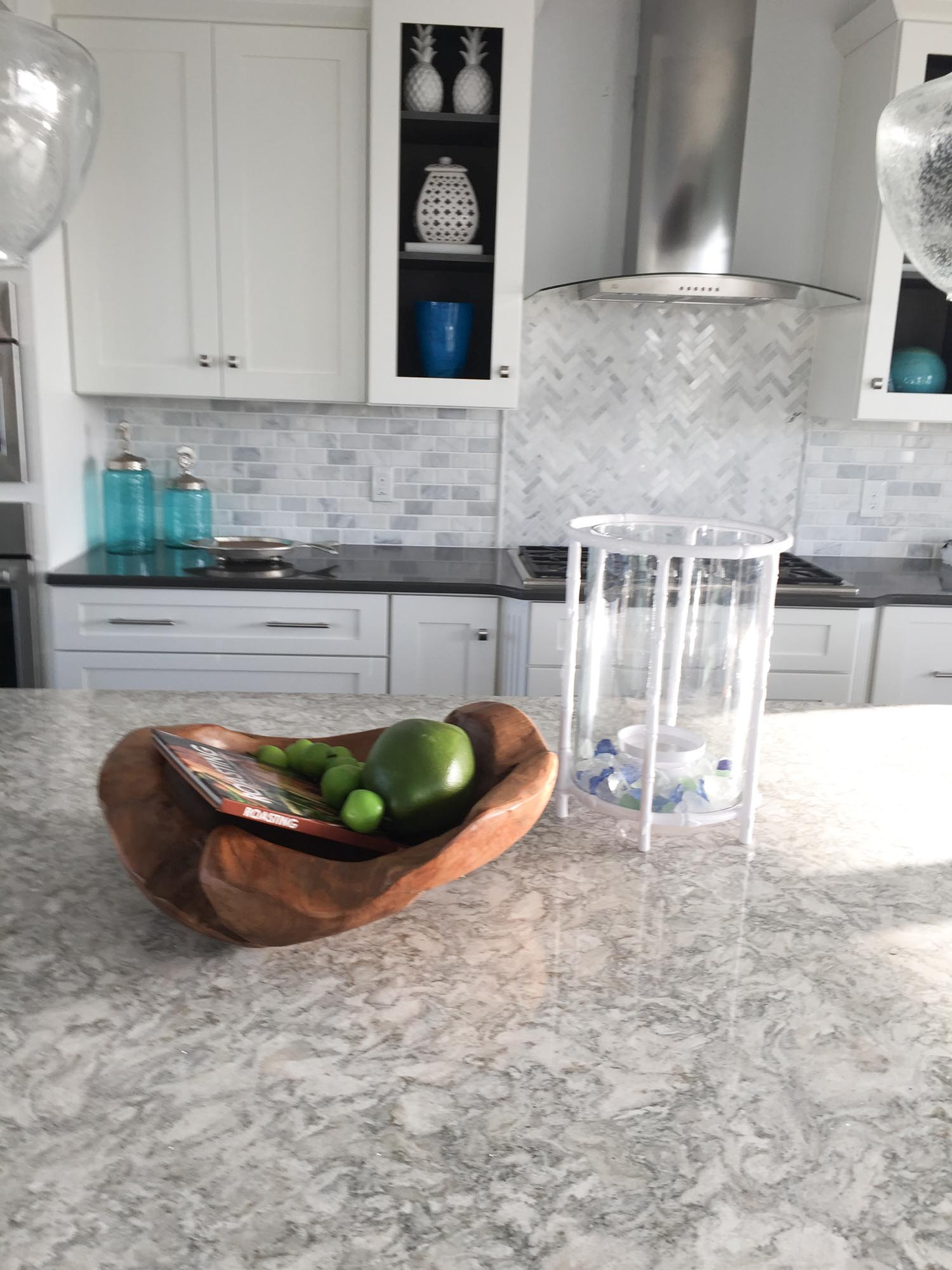 Kitchen with coastal themed accessories