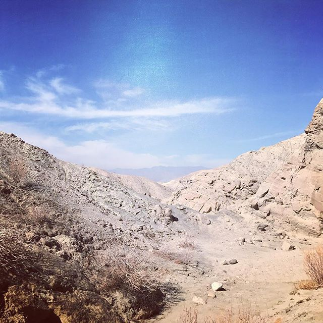 Tuesday Trivia: The Coachella Valley sits on a natural aqueduct of tens of thousands of gallons of water. Although you wouldn't know it until you see the natural springs coming up on the San Andreas Fault Line. Today we sat smack dab in the middle of the fault.. although it looks more like the moon to us. What do you think?  #eventprofs #palmspringsevents #meetingprofs #sanandreasfault
