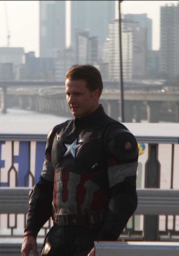 captain-america1.jpg