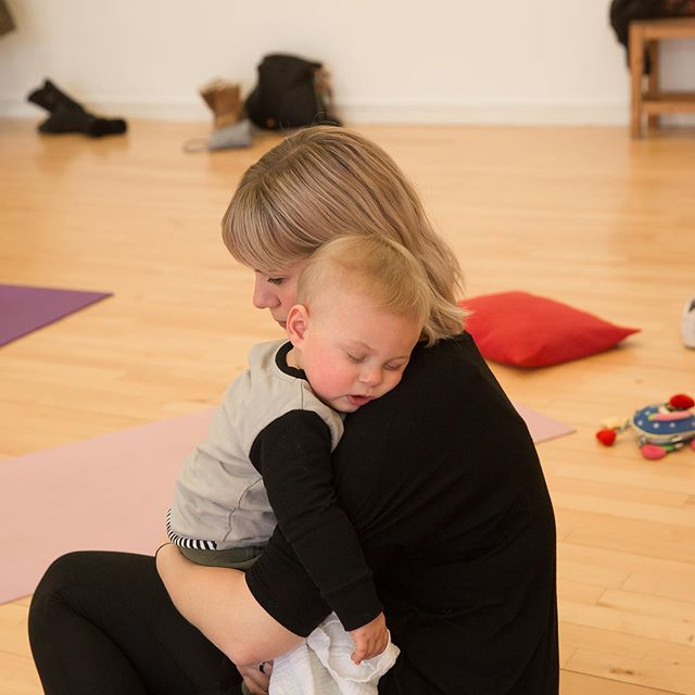 ✨Baby yoga teacher training is this month!  If you are looking for a career that works around you and your family, and have a passion for nurturing and supporting post-partum women, encouraging bonding of mum and baby, and guiding babies natural development, then teaching baby and post-natal yoga and massage is for you! ✨ ZenMuma offers teacher training and our course will provide you with all you need to become a fully certified, qualified baby and post-natal yoga and baby massage teacher, and this training includes business and marketing advice and support. ✨ There is space for more classes supporting women whilst they travel through this wonderful but at times overwhelming chapter in their lives. ✨ Get in touch 🙂  #babyyogateachertraining #babyyoga #babyyogateacher #yogateachers #yogateachertraining #yogateachertrainingcourse @omyogamagazine @yogatribe @tribenorfolk @yogangsters @soulcircusfestival @muddynorfolk @orangegroveclinic @zenmuma #stayzenmuma 💕