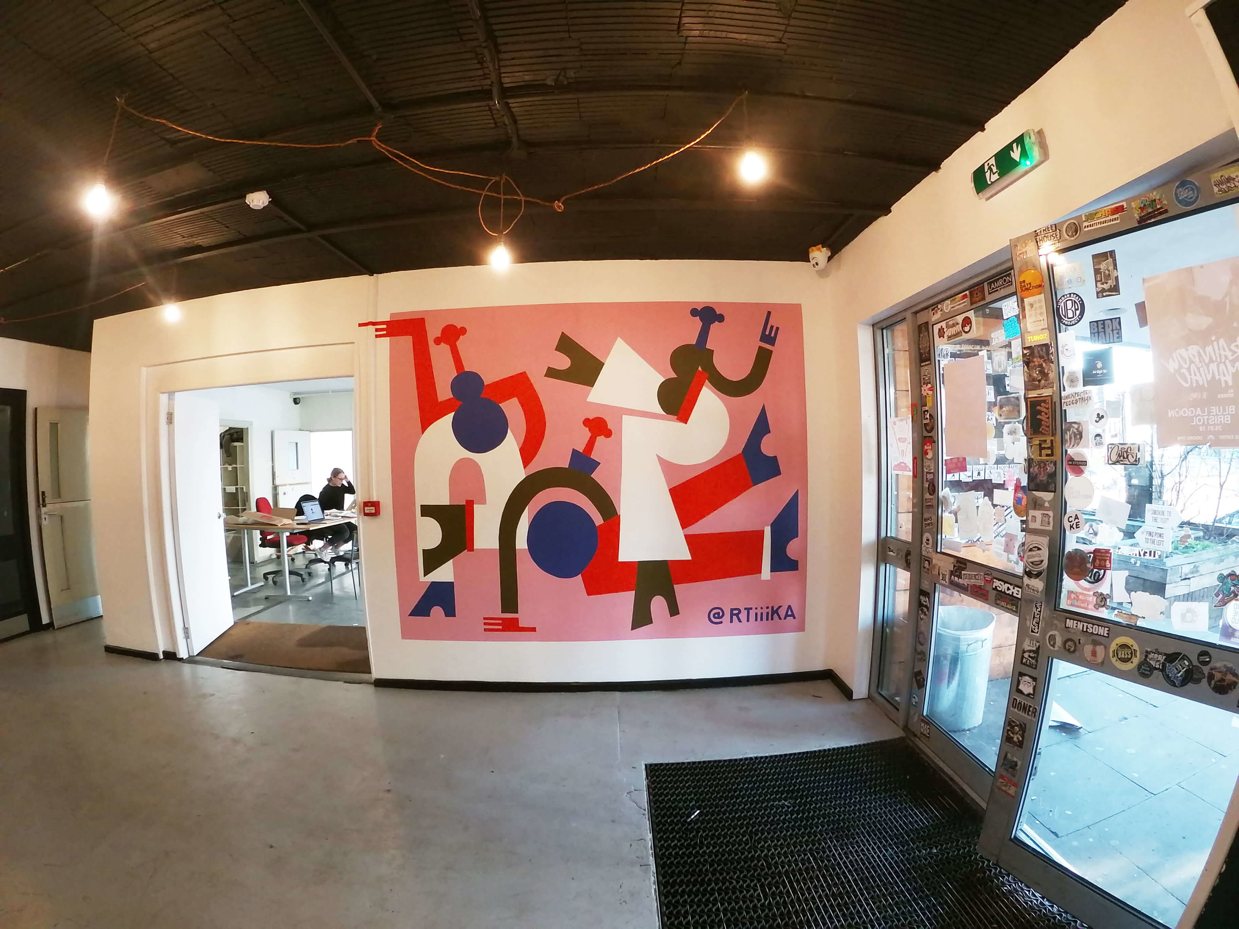 BAM! - A mural design for Hamilton House to champion its existing culture of community, collaboration and creativity.The mural features vibrant colours, energetic movement and playful shapes.Get in touch if you are interested in an RTIIIKA mural.