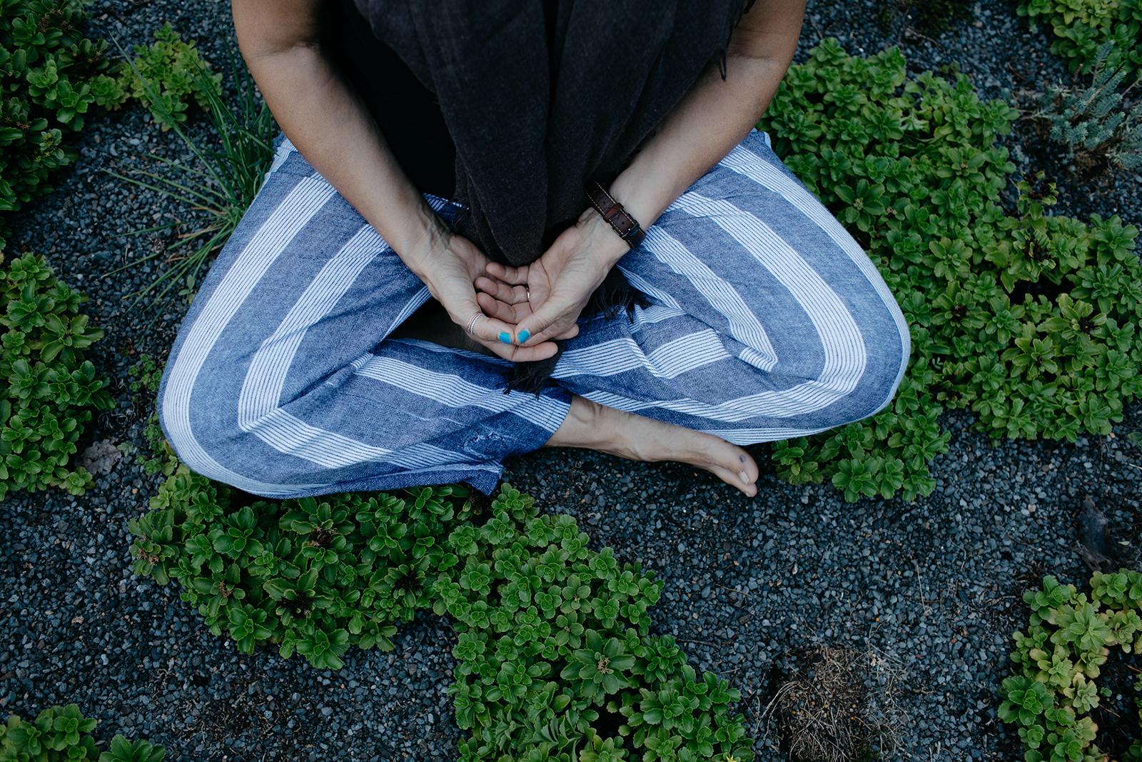 hands on lap meditating.jpg