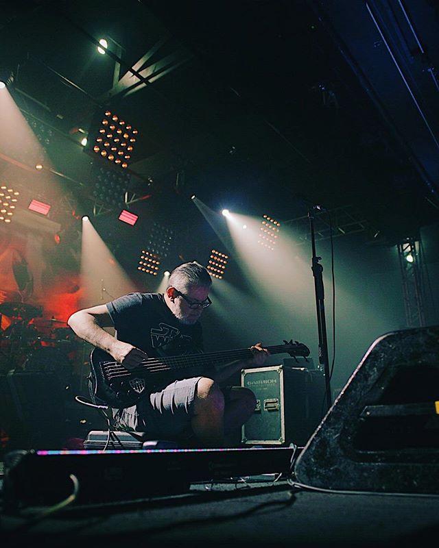 🇧🇷 Quase pronto! Logo mais tem Sepultura em SP. Show na @audio com abertura de @mx_thrashmetal_official e @eminenceband começando as 20h. #sepultura #machinemessiah