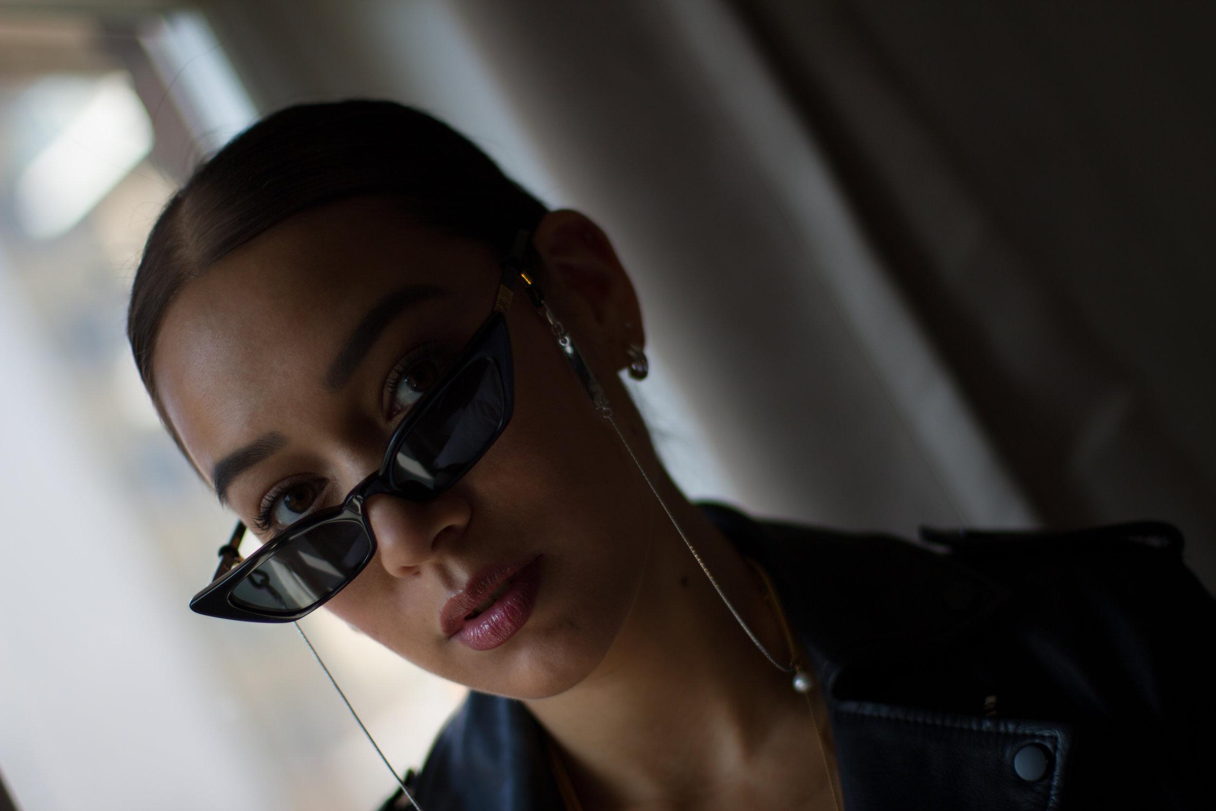 framechain-bynoelle-sunglasses-poppy-lissiman