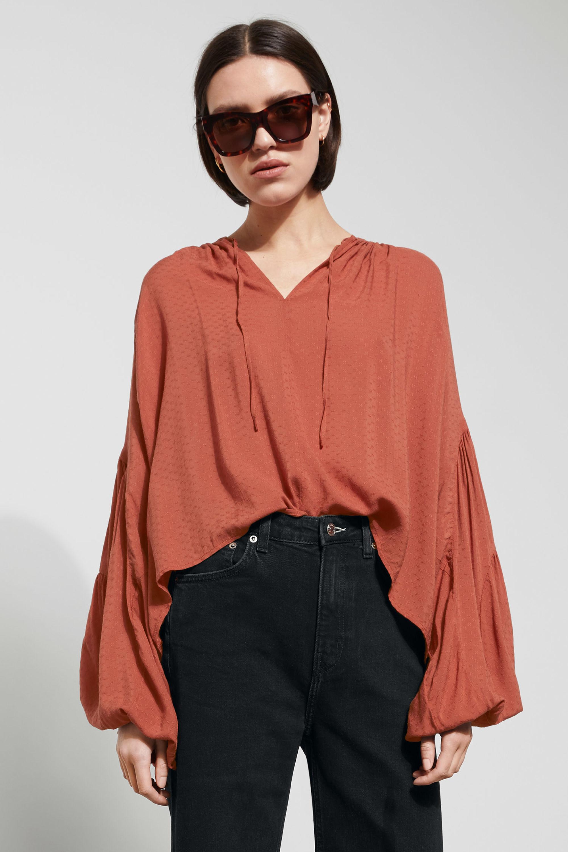 weekday-blouse-bynoelle.jpeg