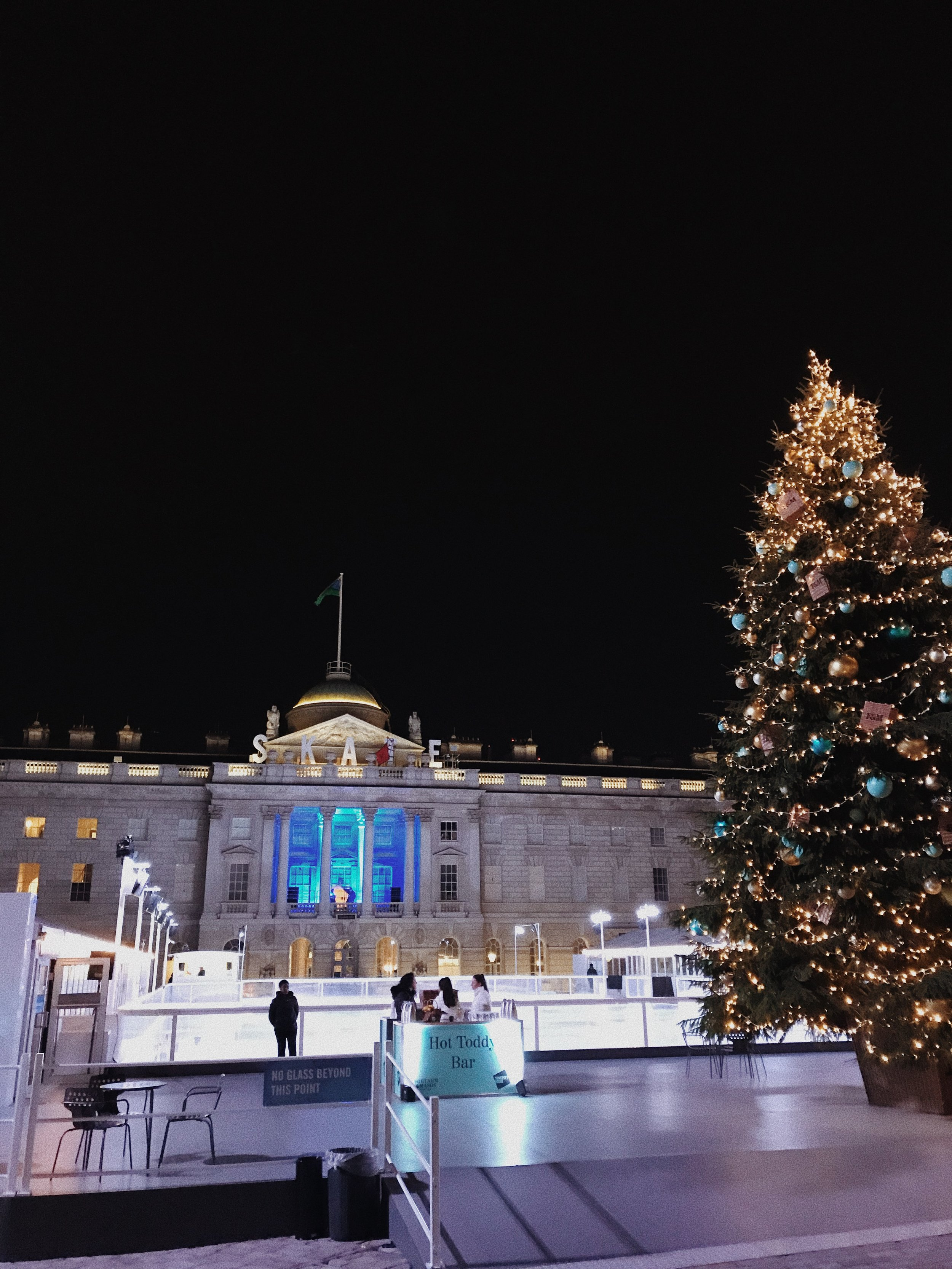by-noelle-skate-at-somerset-house-22-43