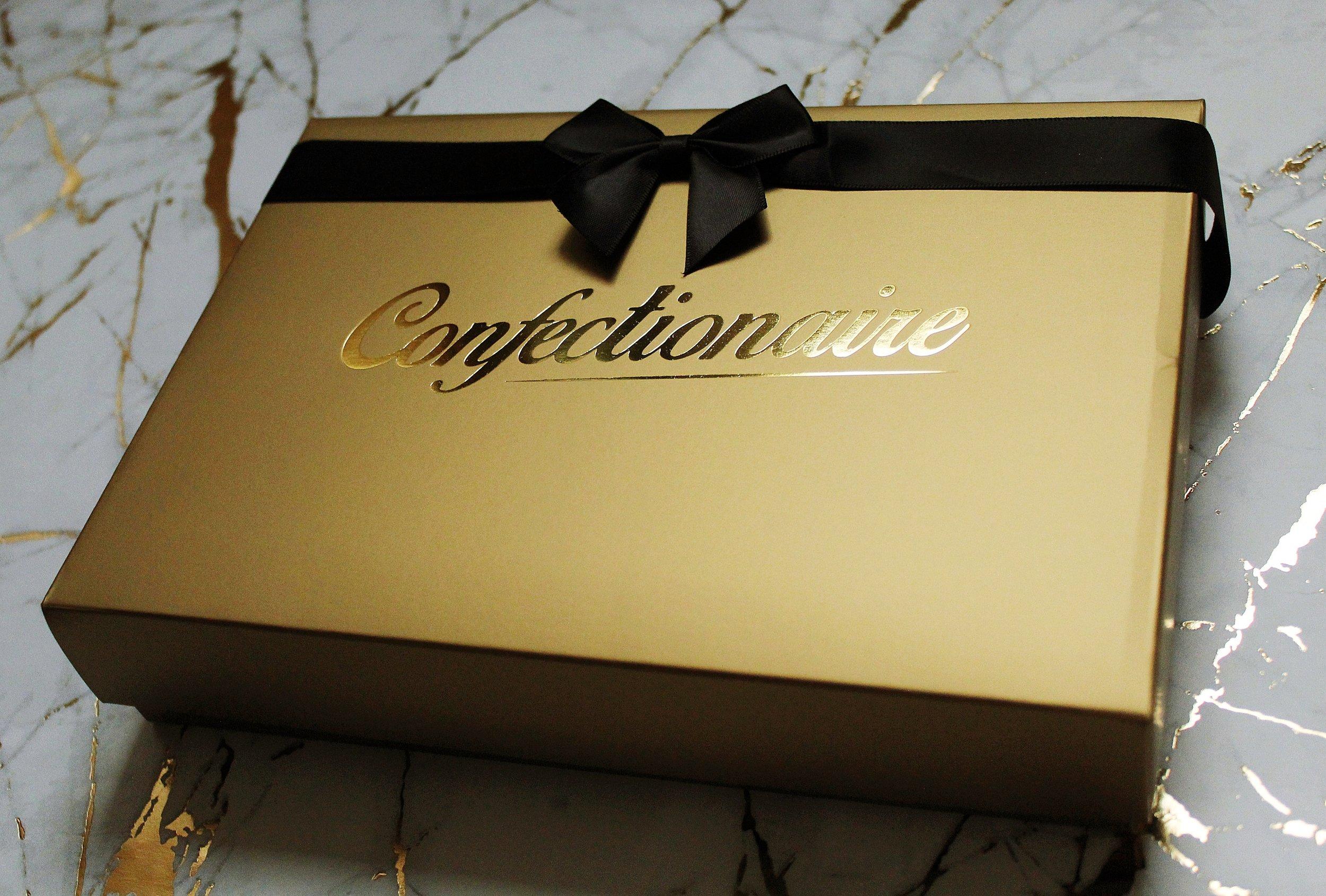 gold box black bow side - Copy.JPG