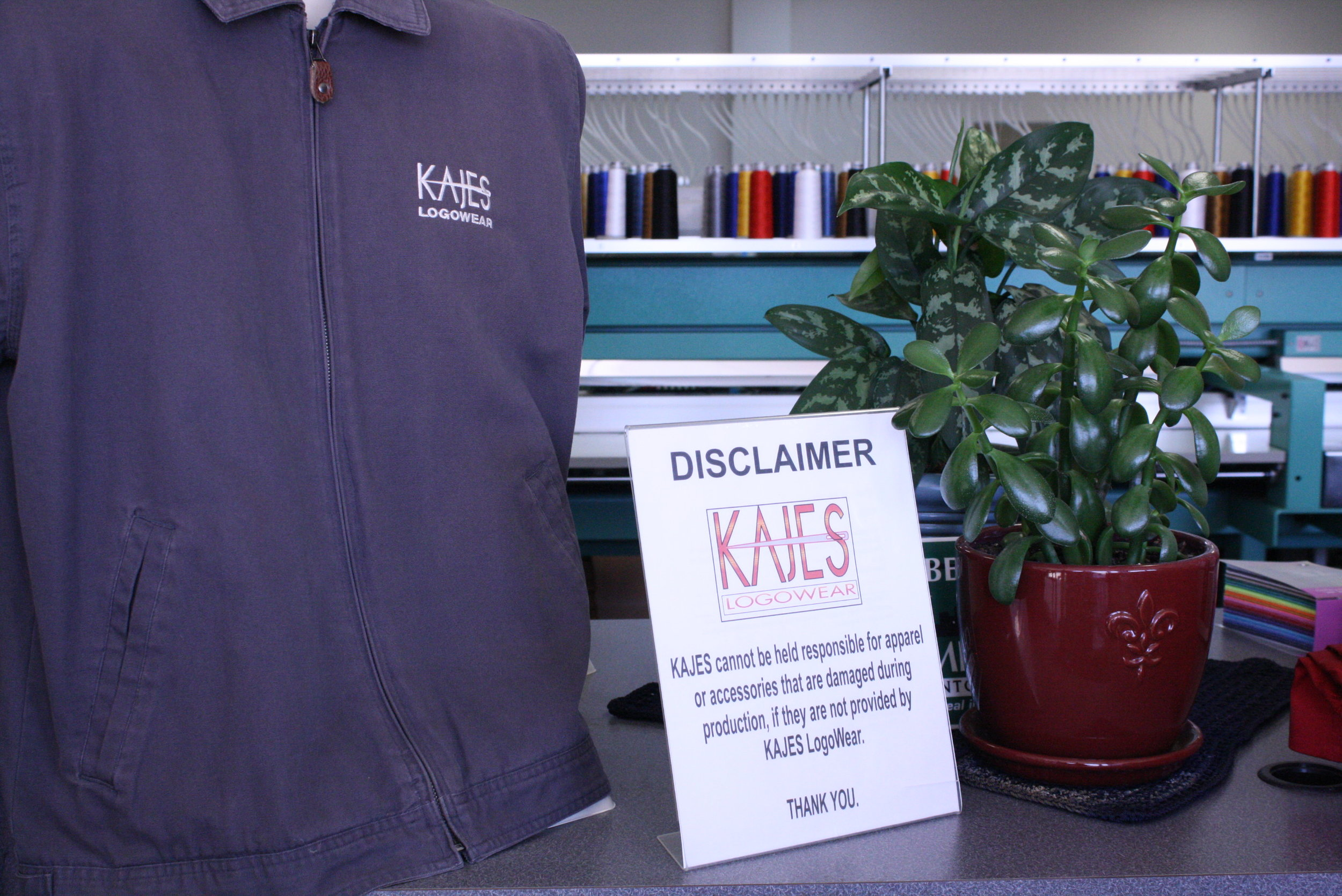 KAJES' Front Desk greets you with an open concept and full view of the facility.