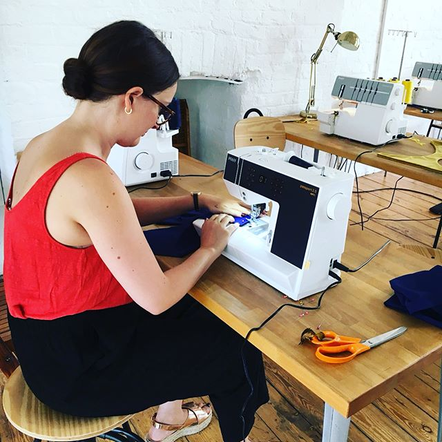 It's the last day to make the most of our early bird 20% off Swimwear designing and making workshop with @stidstonswimwear ✨use the code TAKETWENTY at checkout 👌🏽 having done two sellout weekends Claire decided to run this one on consecutive Thursday evenings for all of ya'll who want to get your sew on during the week 😉 full details can be found via the link in bio.... @pfaffsewing #pfaffsewing #sewyourown #sewn #seamstresslife #sewingclass #swimwearworkshop #bikini #swimsuit #makersgonnamake #london