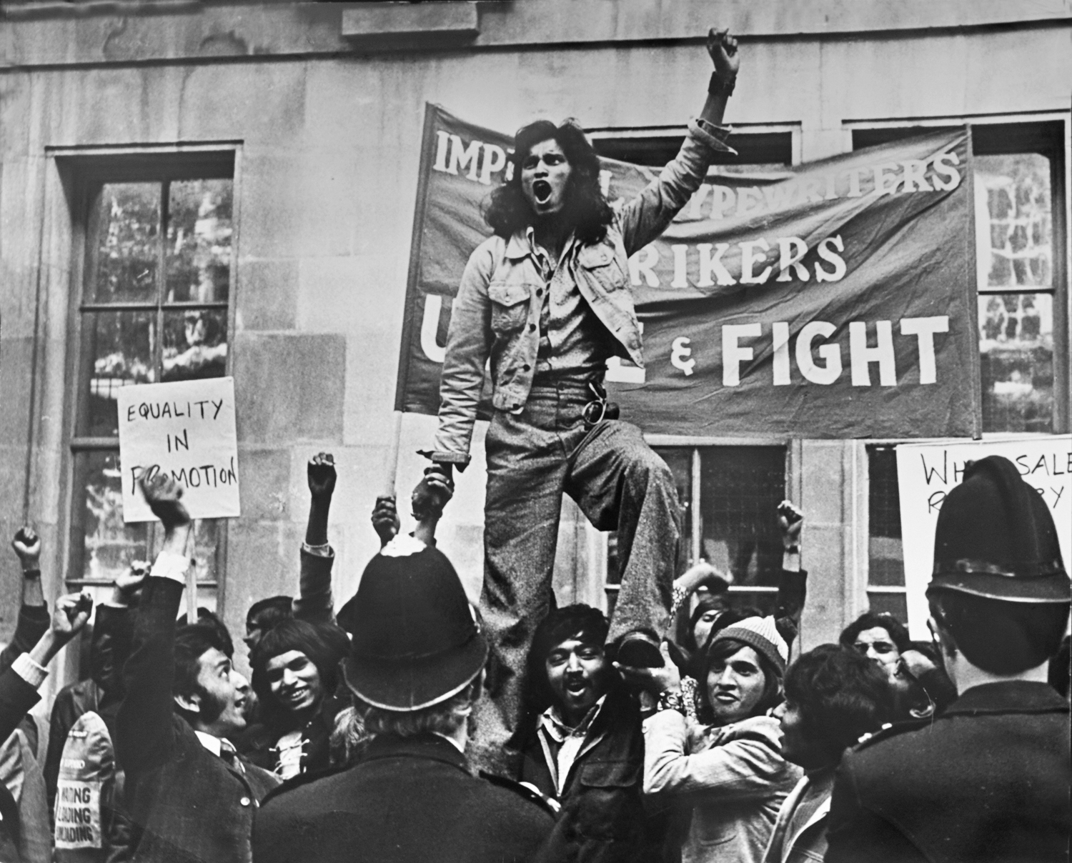 Strikers demonstrate in Smith Square, London, 1972.