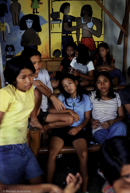 Street gangs Phillipines 2003.
