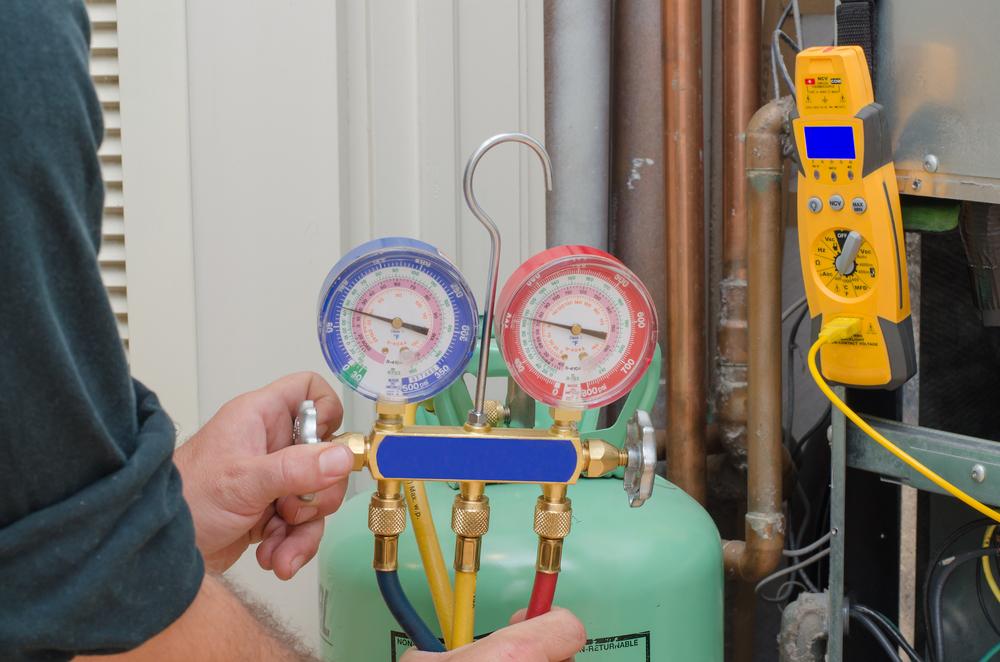 Charging A heat pump