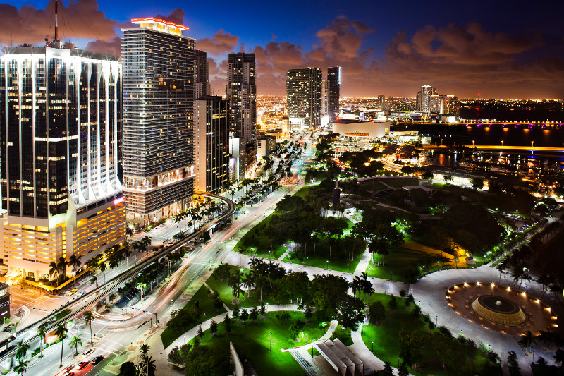 Downtown Miami and Bayfront Park at night.jpg