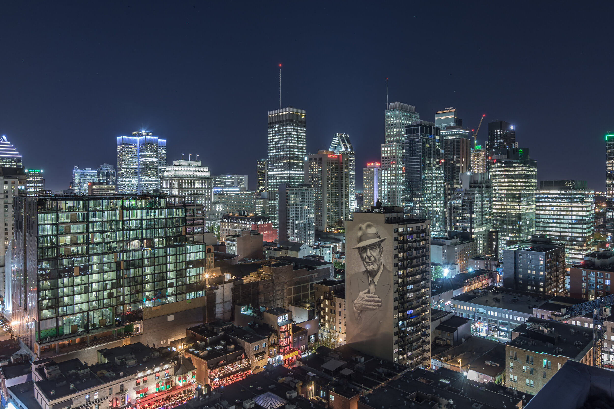 38381-Credit FR © MU, Ville-Marie, ElMac Gene Pendon (2017) - Photo _ Henry MacDonald (@night.shotz) – Tourisme Montréal-EN Credit © MU, Ville-Marie, ElMac Gene P - Copy.jpg