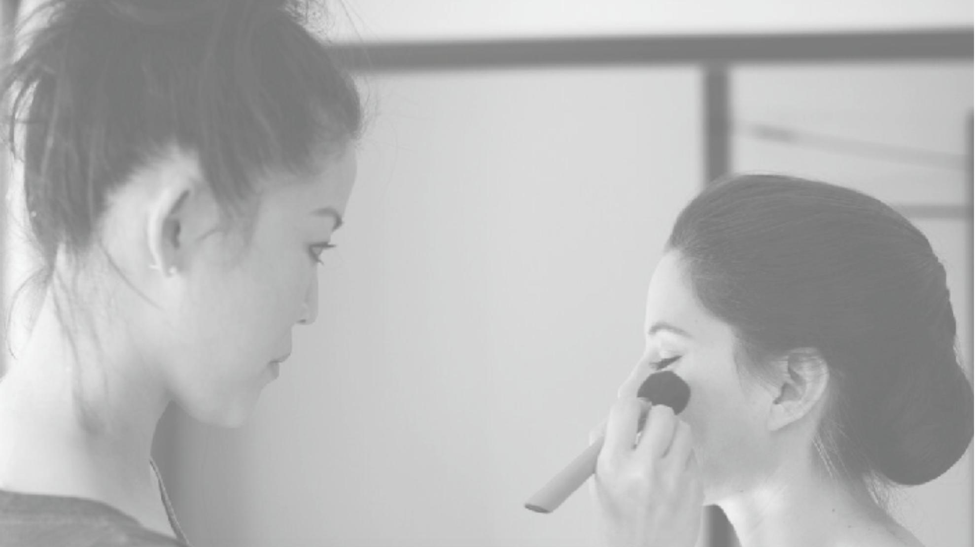 Fumi Makeup -