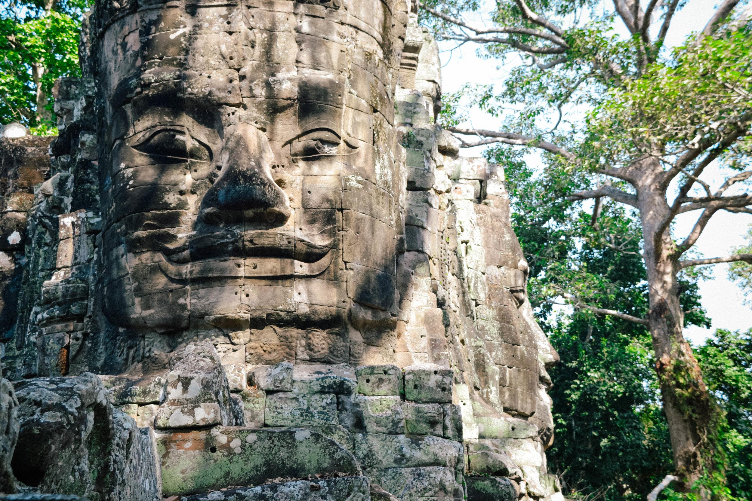 Angkor Wat east gate face