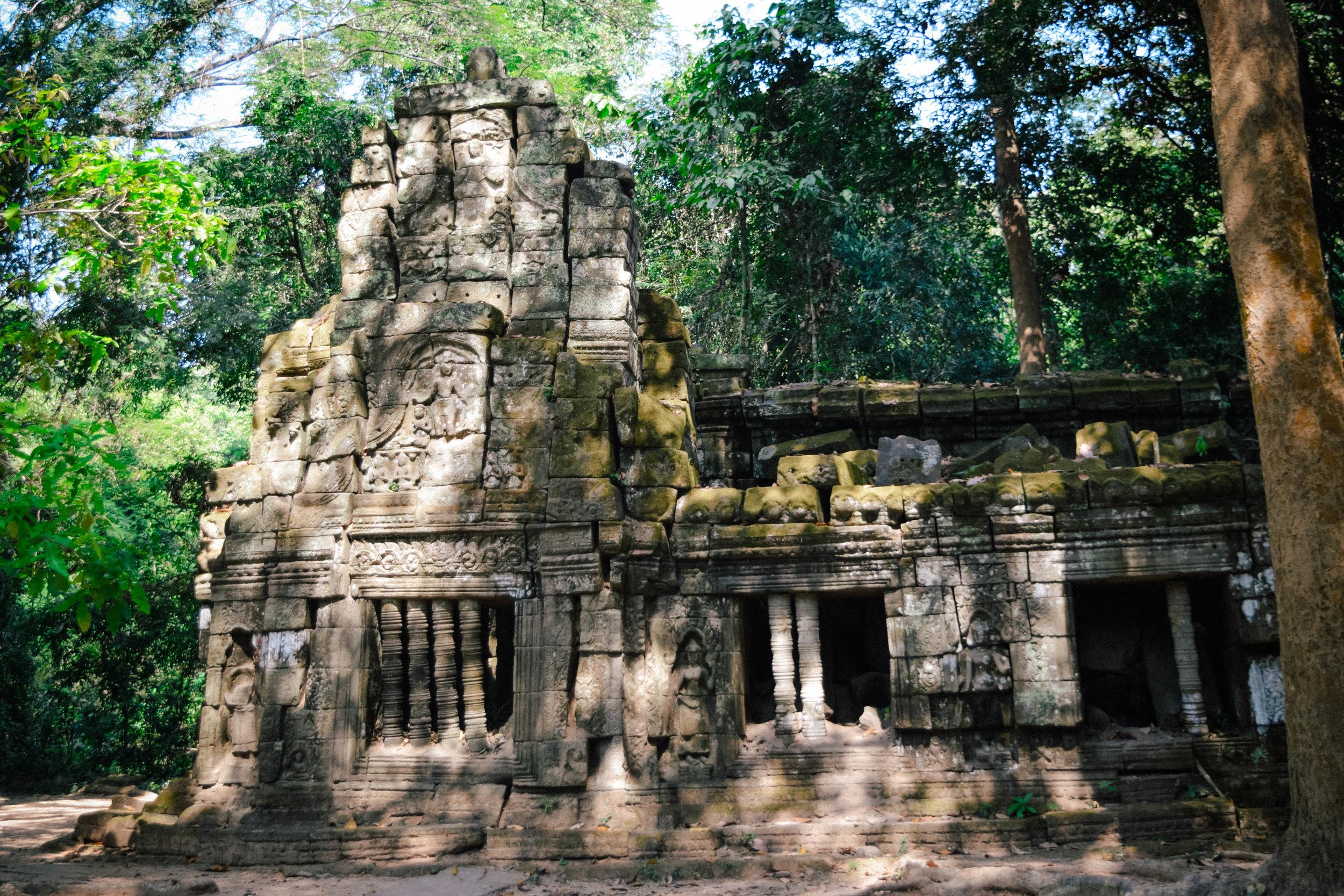 Angkor wat building