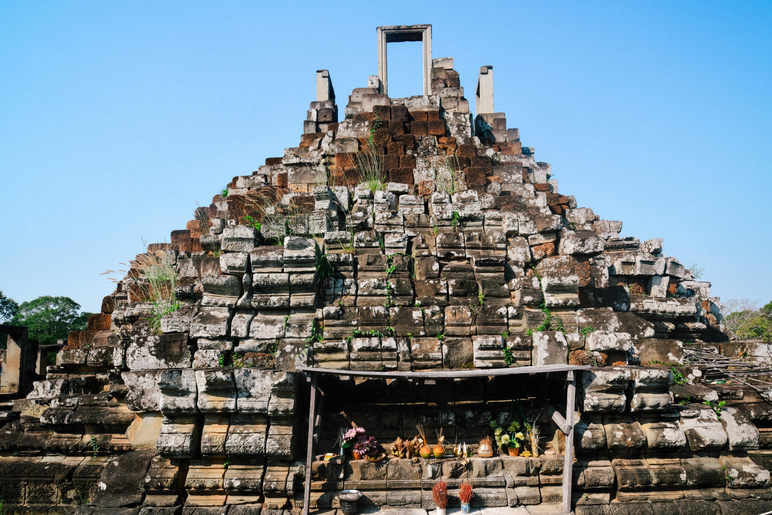 Window hill gate Angkor Wat