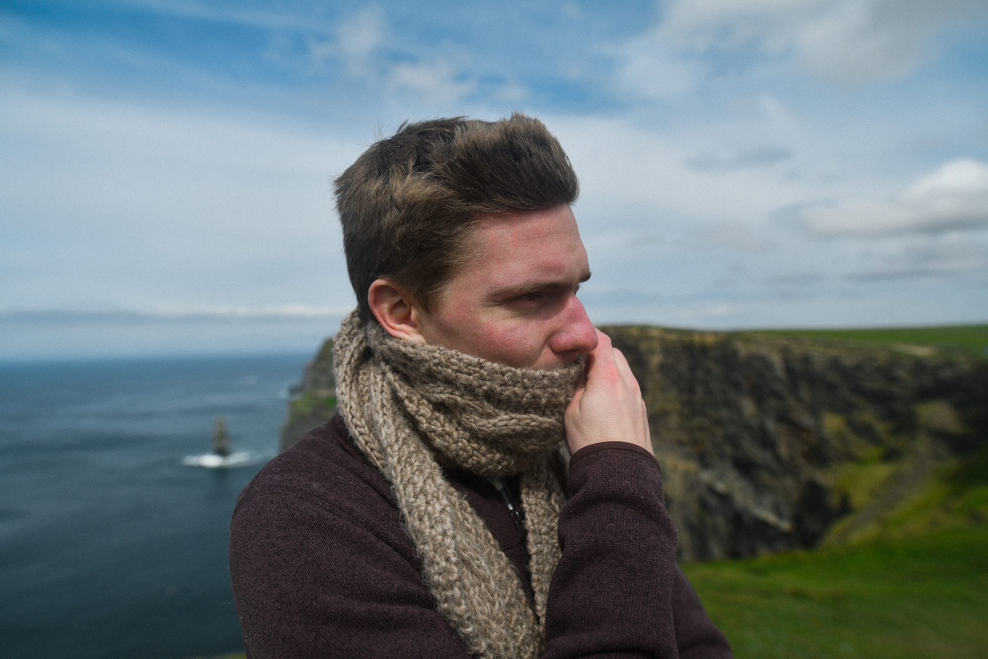Hand-knit scarf in Moher