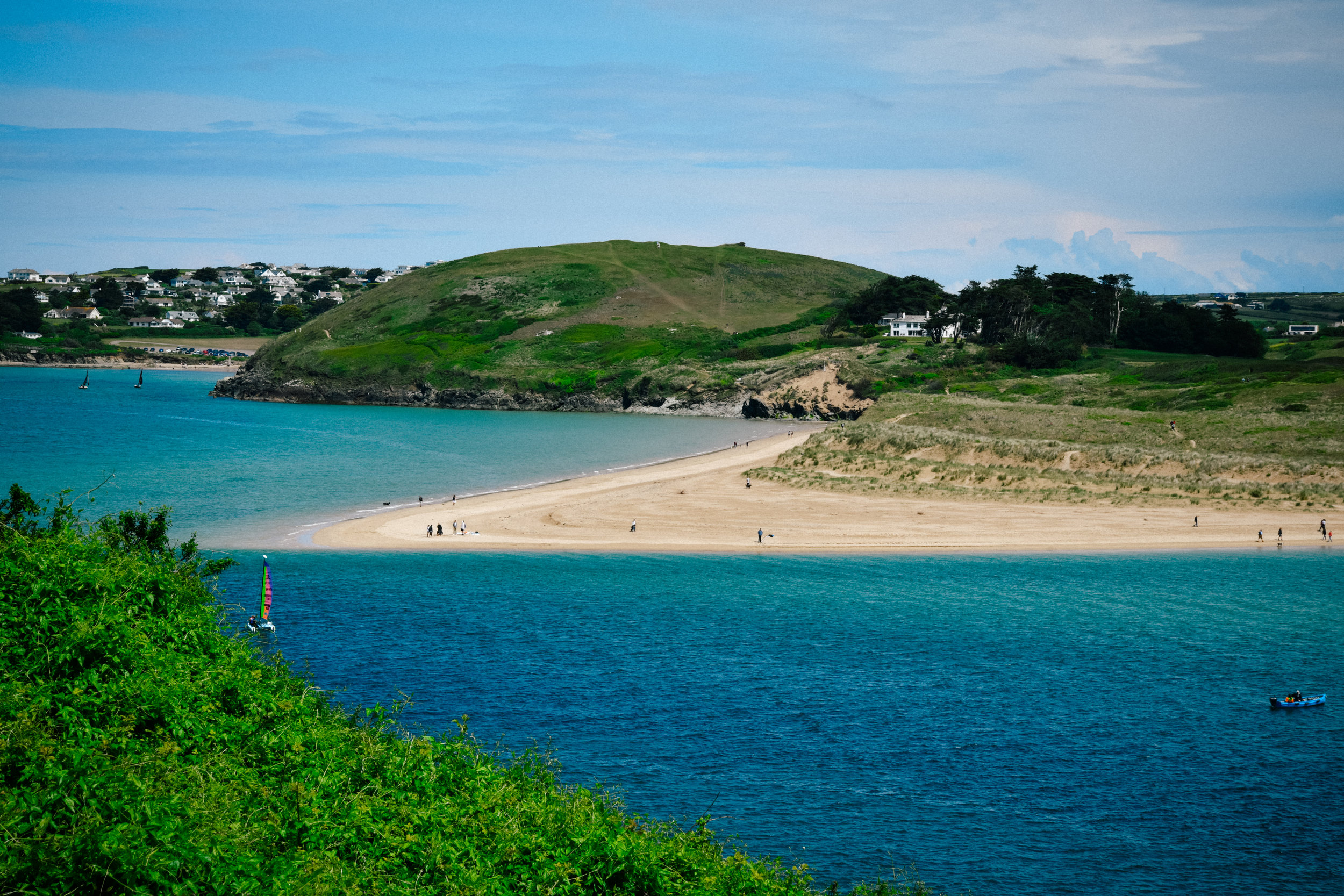 walking along the camel estuary in padstow