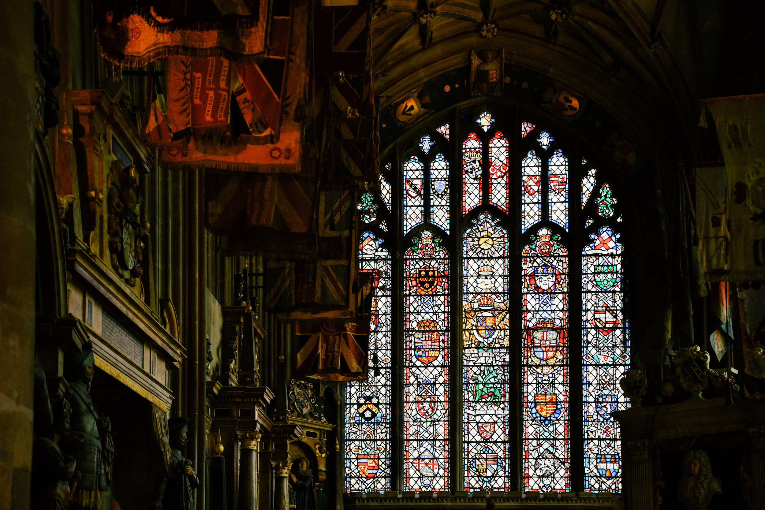 stained glass windows in canterbury