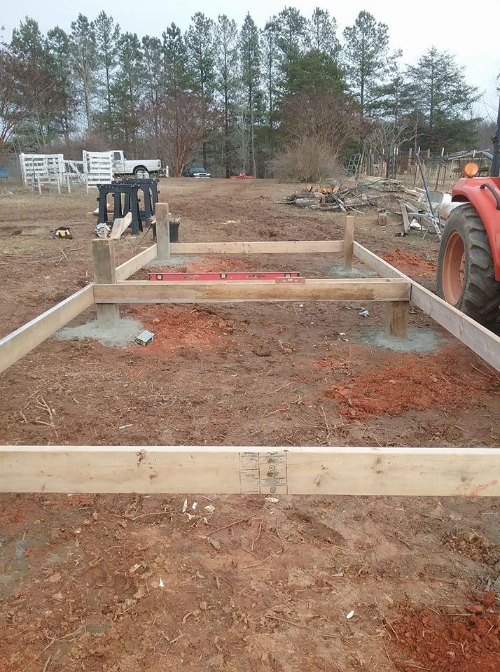 Aviary Construction1.jpg