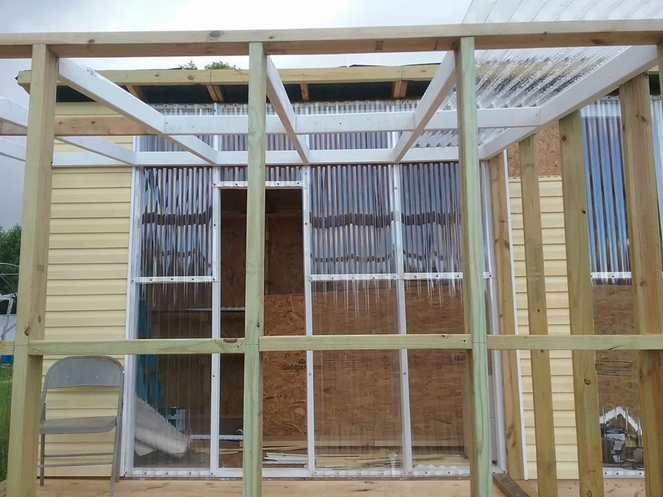 Aviary Construction25.jpg