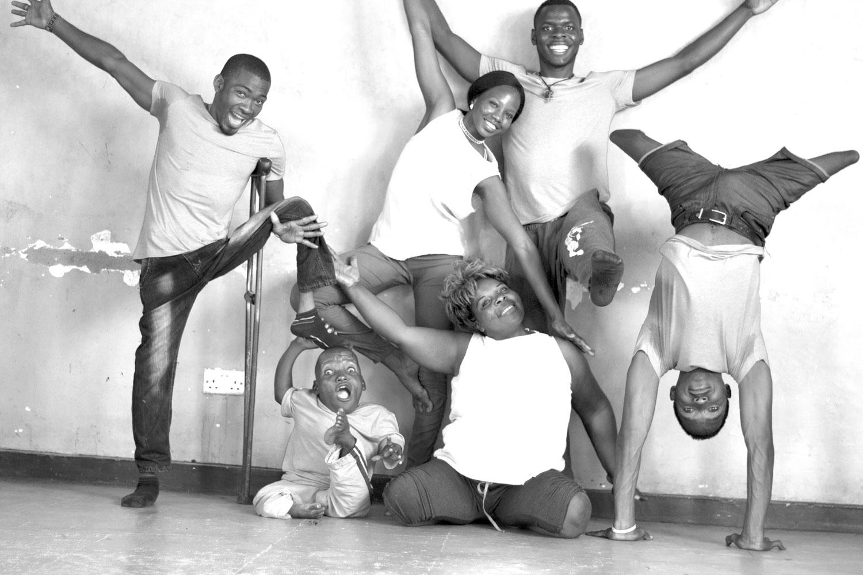 SPLASH Dance Company: (left-right) Tebandeke Joseph, Tumukurate Musa, Atite Prisca, Kyalimpa Vasta, Twinomujuni Ivan, Mubiru Kevin