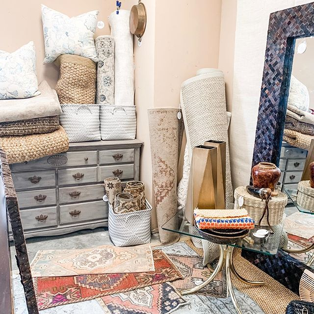 Have you had a chance to stop by and check out our new arrivals? Lots of rugs & fun accessories in store | address in bio | staging and styling @embellisheddwelling