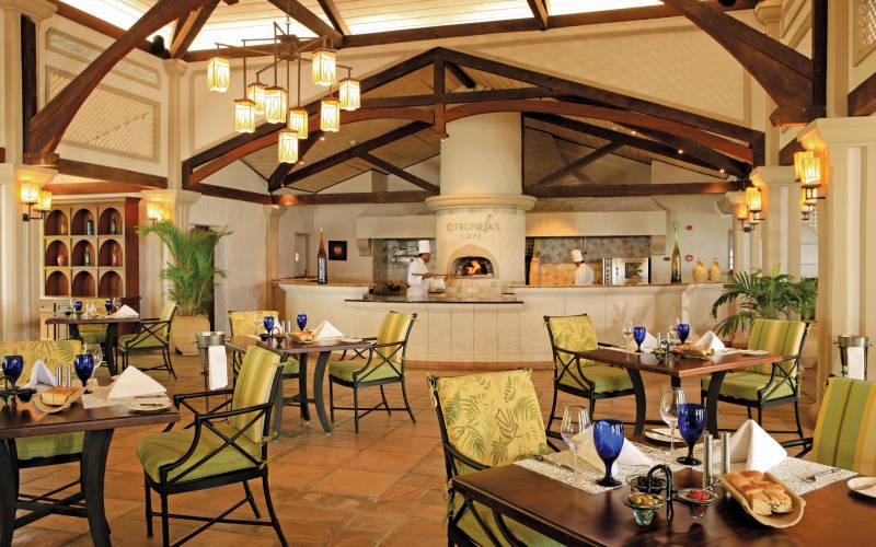 sugar-beach-resort-and-spa-citronella's-cafe.jpg