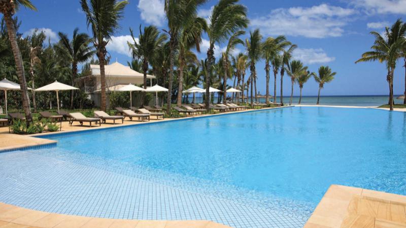 sugar-beach-resort-and-spa-pool1.png