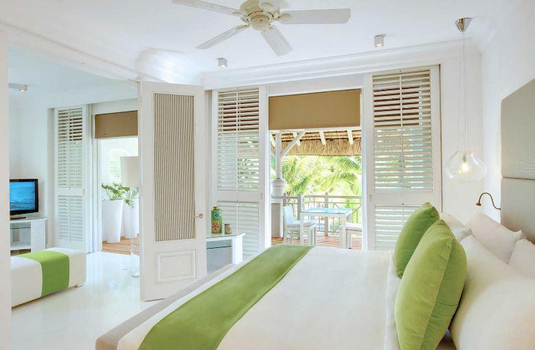 lux-belle-mare-honeymoon-suite.JPG