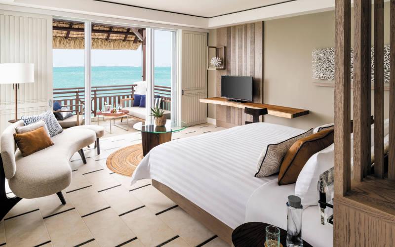 shangri-las-le-touessrok-resort-and-spa-junior-suite-frangipani-oceaniew.jpg