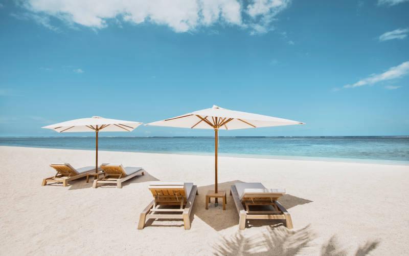 the-st-regis-mauritius-resort-beach1.jpg