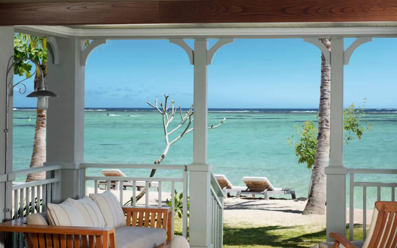 the-st-regis-mauritius-resort-beachfront-junior-suite-terrace.jpg