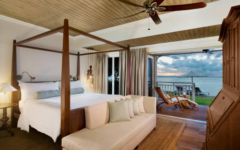 the-st-regis-mauritius-resort-beachfront-st-regis-suite.jpg