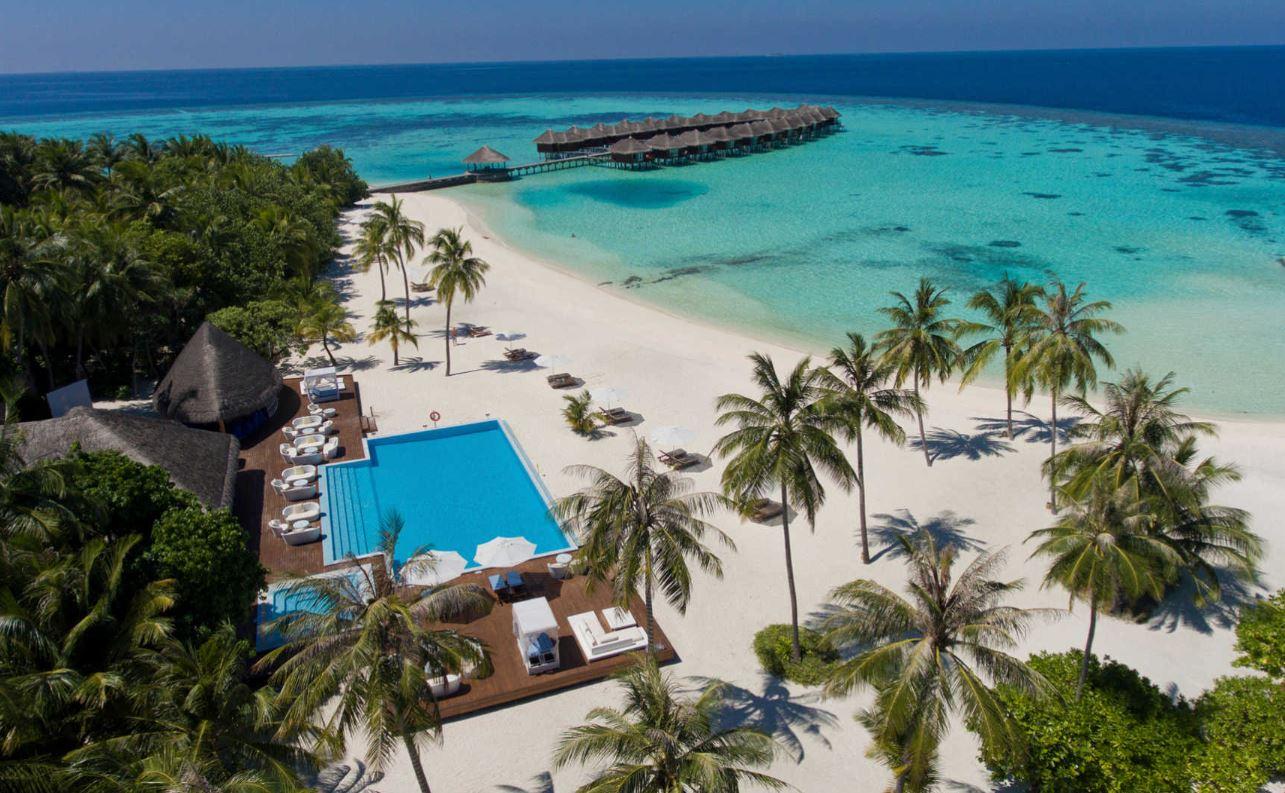 Maafushivaru-island-resort-pool-ariel.JPG