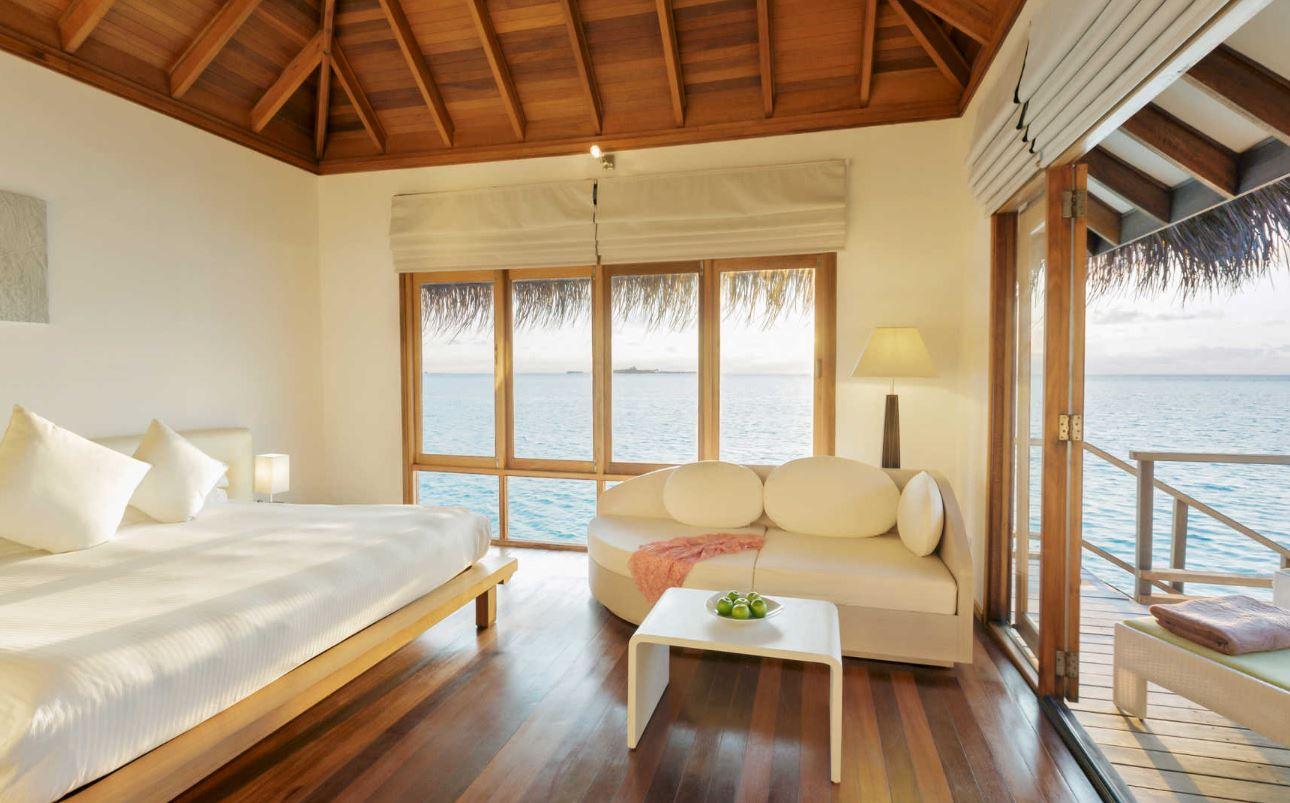 Maafushivaru-island-resort-water-villa2.JPG