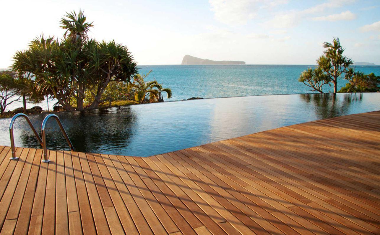 paradise-cove-infinity-pool.JPG